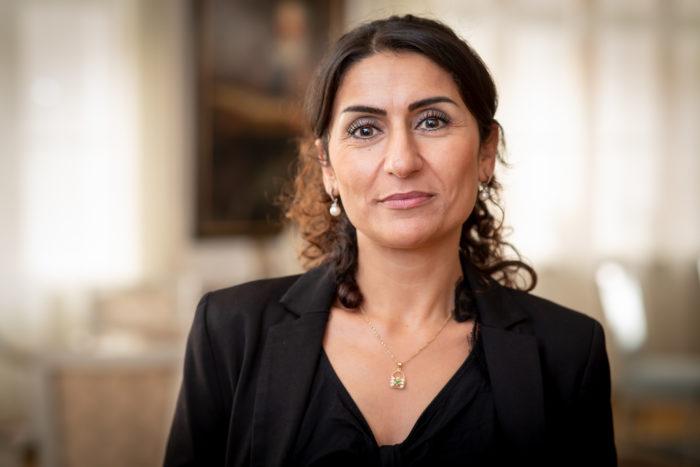 Nisha Rahmania Undersköterska